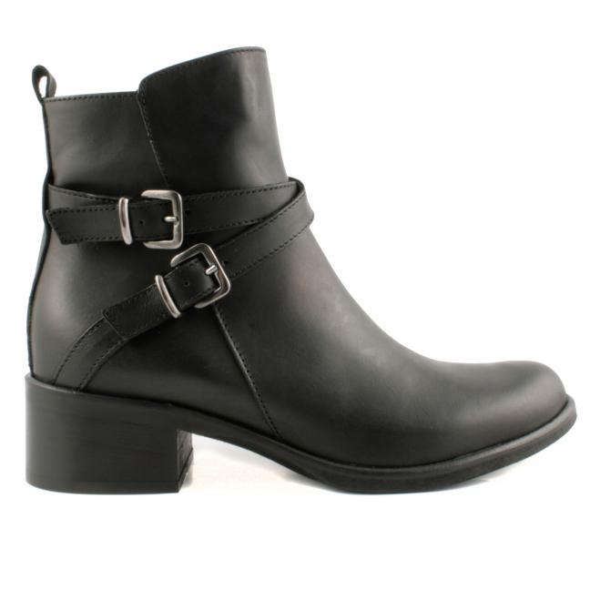 Boots-Cuir-Noires-Boucles-Bianca