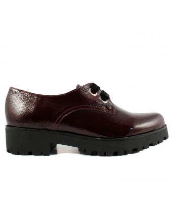 Derbies-Vernis-Bordeaux-Femme-Jimmy