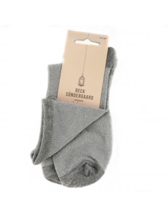 Chaussettes-Argentées-Dina-Solid