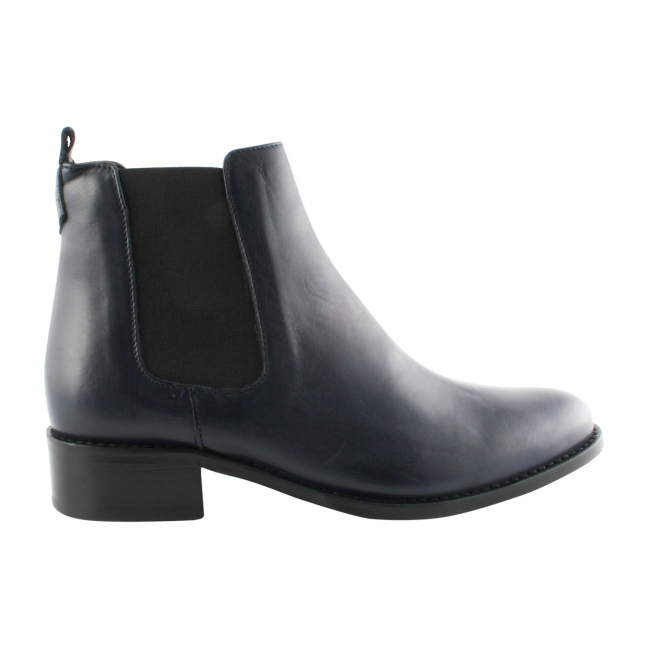 Chelsea-boots-femme-cuir-marine-Madison