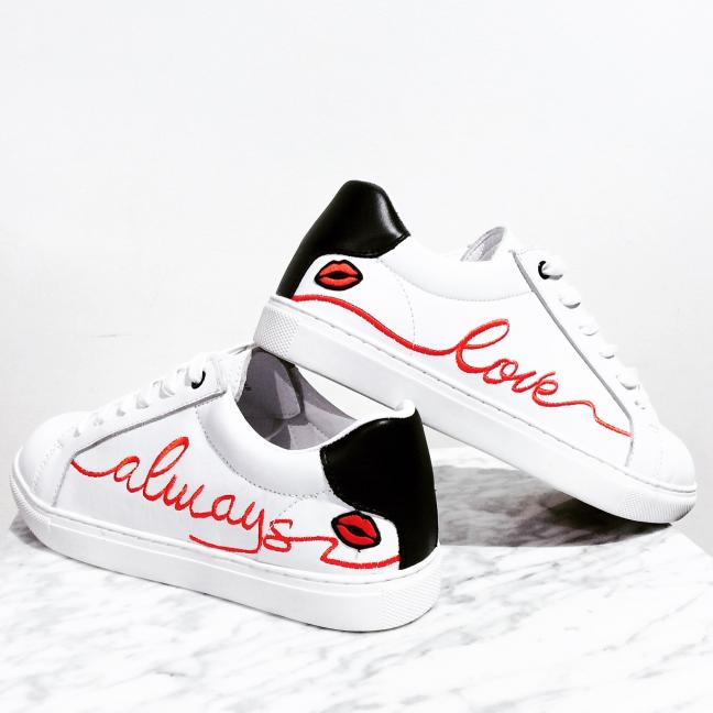 Love-Cuir-Blanc-Bons-Baisers