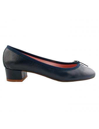 chaussures-plates-cuir-marine-mara-1