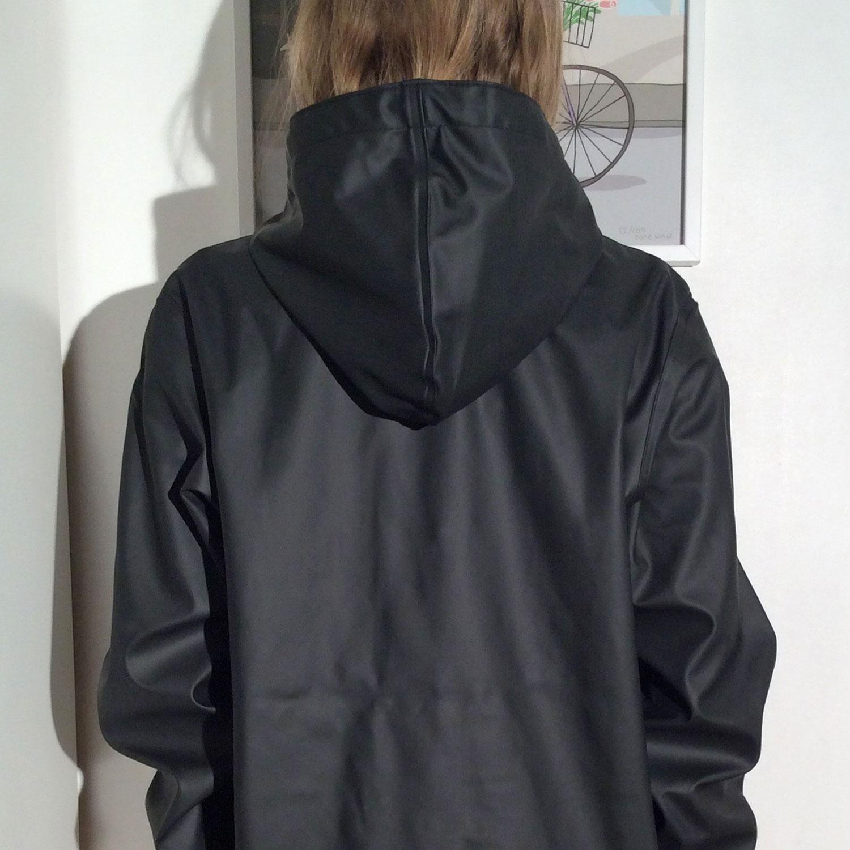 trench noir femme avec capuche