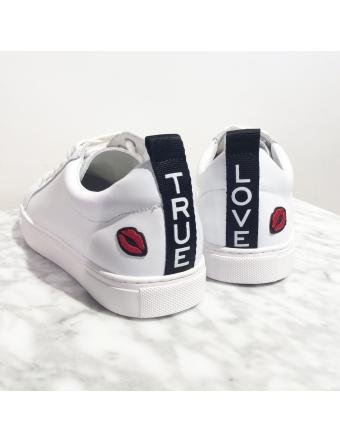 True-Love-Cuir-Blanc-Bons-Baisers-Paname