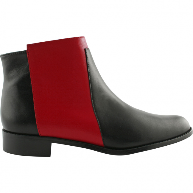 April-Cuir-Noir-Rouge-Exclusifparis