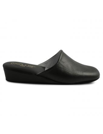Pantoufle-femme-cuir-noir-boudoir-1