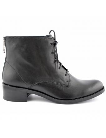 Bottines-a-lacets-cuir-noir-stud-1