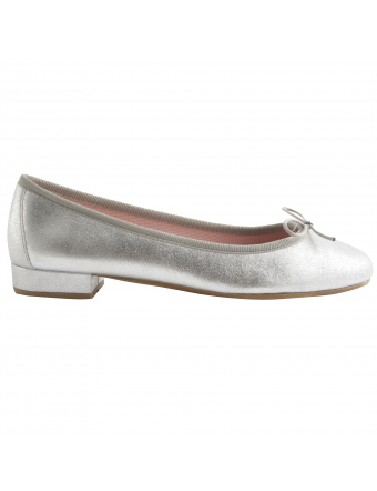 chaussures-plates-cuir-argent-lidia-1